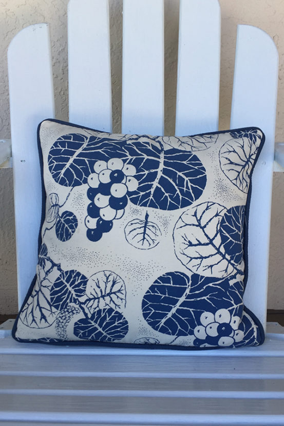 "Outdoor 18"" x 18"" cushion cover"